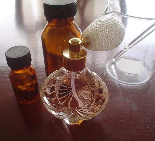 robienie-perfum-w-domu