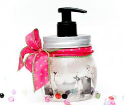 dekoracyjny-dozownik-na-mydlo